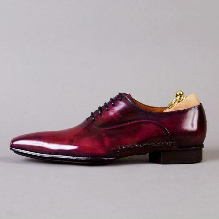 Chaussures Richelieu empeigne unie patine Pourpre – ligne Castelo – réf. 3017