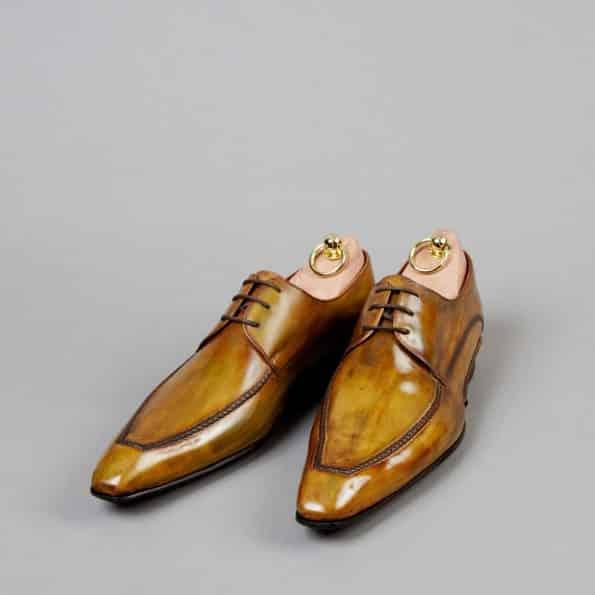 Chaussures Derby à plateau piqué patine Moutarde – ligne Castelo – réf. 3005