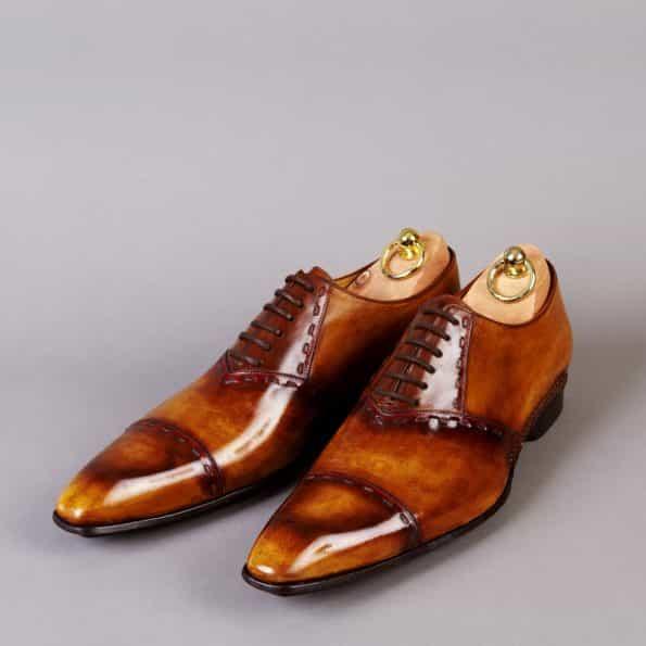 Chaussures Richelieu lignes surpiquées patine Pain d'épices – ligne Castelo – réf. 3025