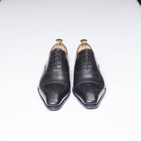 Chaussures Richelieu à bout fleuri – ligne Dandy – Noir réf. 11068